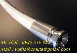 Ống mềm teflon (PTFE) hai đầu cùm clamp